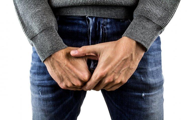 wstrzyknięcie w celu zwiększenia erekcji zabierz go w rękę